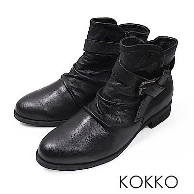 KOKKO-極致品味真皮抓皺平底短靴-經典黑
