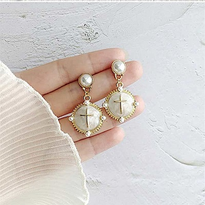 梨花HaNA 韓國S925銀針貝石精緻雕花十字架古典耳環