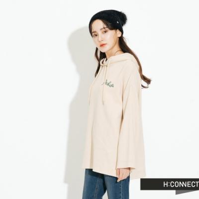 H:CONNECT 韓國品牌 女裝-簡約繡字休閒帽T-卡其