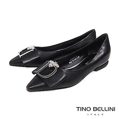 Tino Bellini 銀蜂D字方形釦尖楦微跟娃娃鞋 _ 黑