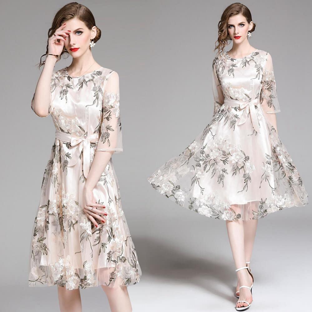 高貴優雅緹花繡紋蝶結收腰透膚珍珠白網紗洋裝S-2XL-M2M