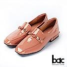 bac愛趣首爾-方頭軟漆皮飾釦樂福鞋平底鞋-珊瑚粉