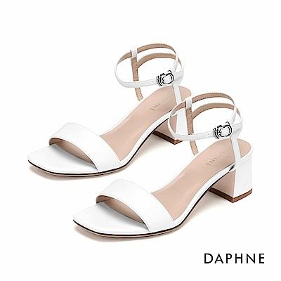 達芙妮DAPHNE 涼鞋-簡約原色一字帶復古粗跟涼鞋-米白