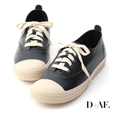 D+AF 悠閒樂趣.圓頭綁帶平底休閒鞋*黑