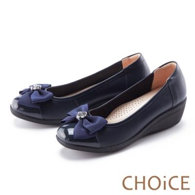 CHOiCE 蝴蝶結鑽飾真皮楔型 女 中跟鞋 藍色