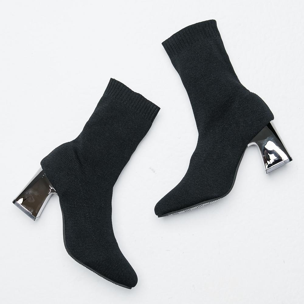 River&Moon短靴-美型激瘦粗跟襪套靴-黑