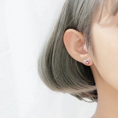 梨花HaNA 韓國925銀純銀粉晶貓咪萌感耳環