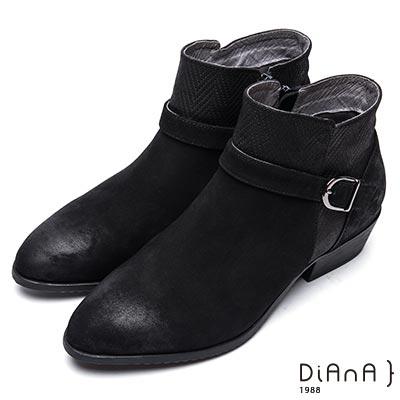DIANA 率性自我-百搭踝帶編織紋真皮粗跟短靴-黑