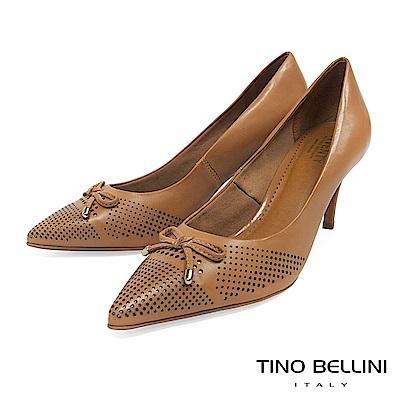 Tino Bellini 巴西進口典雅蝴蝶結沖孔尖楦跟鞋 _ 棕