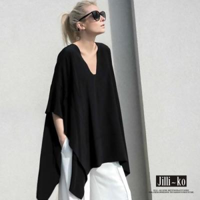 JILLI-KO 時尚不規則寬鬆V領蝙蝠袖上衣- 黑色
