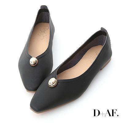 D+AF 典雅美學.金色圓釦尖頭平底鞋*黑