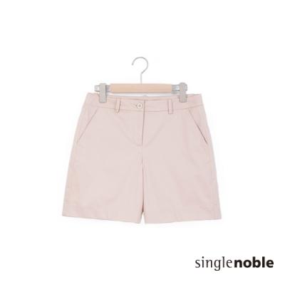 獨身貴族 都會簡約素色質感設計短褲(3色)