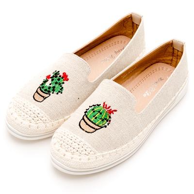 River&Moon中大尺碼-就愛仙人掌麻編豆豆休閒鞋-亞麻杏