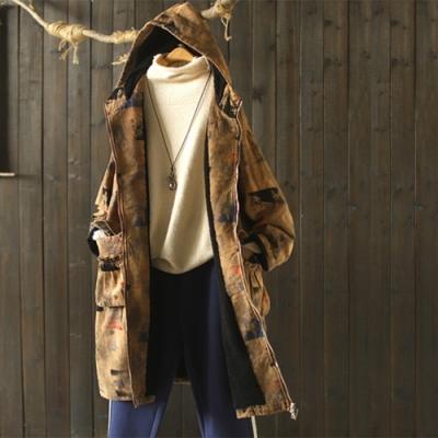 抽繩收腰印花連帽加絨外套寬鬆中長版上衣-設計所在