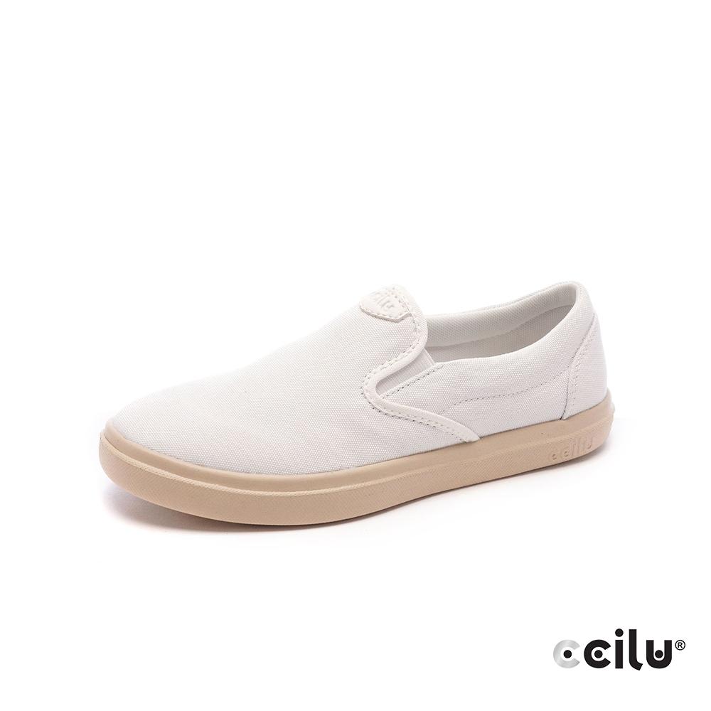 CCILU再生咖啡渣超輕量休閒鞋-女款-302422002奶泡白