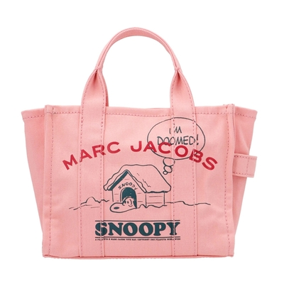 MARC JACOBS Traveler x Peanuts史奴比聯名帆布斜背手提兩用迷你托特包 粉色