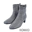 KOKKO-逆天纖細美腿彈力尖頭襪靴-格紋黑