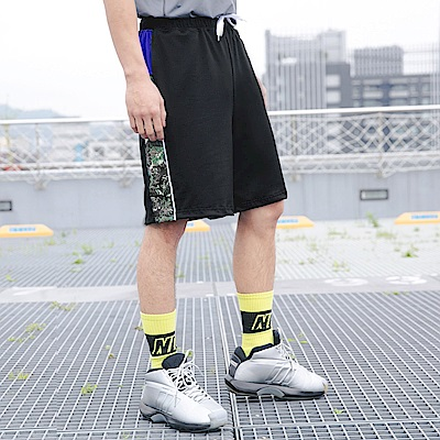 迷彩拼接腰抽繩運動短褲-OB大尺碼