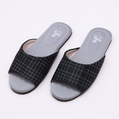 維諾妮卡 生活品味乳膠室內拖鞋-黑色
