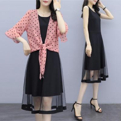 中大尺碼黑色圓點綁帶荷葉袖罩衫下擺網紗背心裙XL~4L-Ballet Dolly