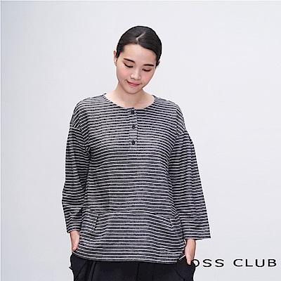 MOSS CLUB INLook 休閒舒適感條紋落肩上衣(黑色)