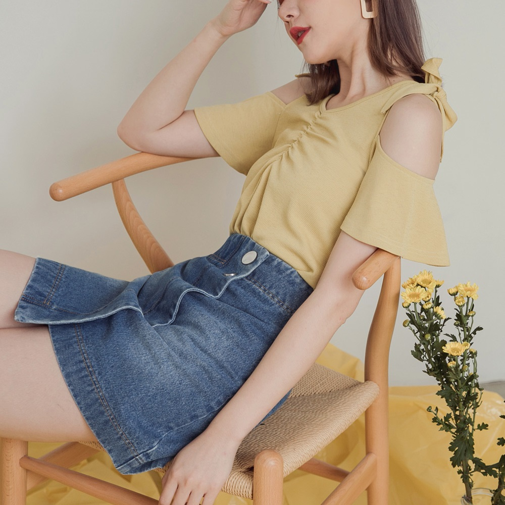 高含棉銀釦斜片設計牛仔短裙-OB嚴選