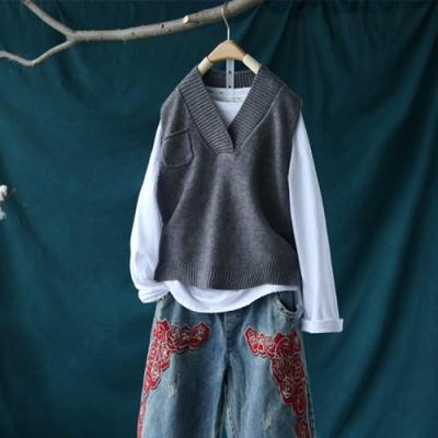 小口袋寬V領針織背心外穿寬鬆無袖上衣-設計所在