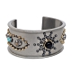 COACH異國風金屬鉚釘寶石寬版穿式手環 product thumbnail 1