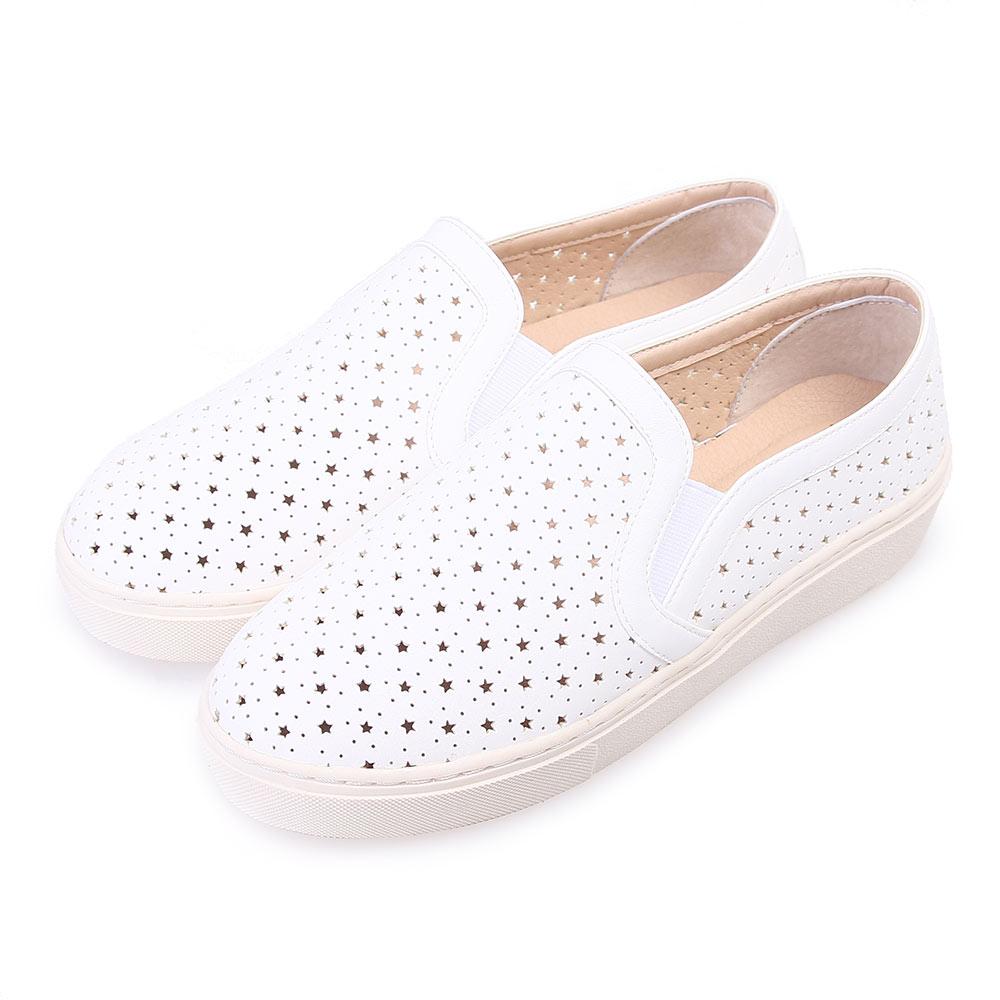 TTSNAP厚底樂福鞋-MIT星星鏤空真皮休閒鞋 白