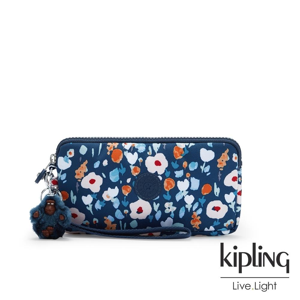 Kipling 牧場彩繪風格手拿包-LOWIE
