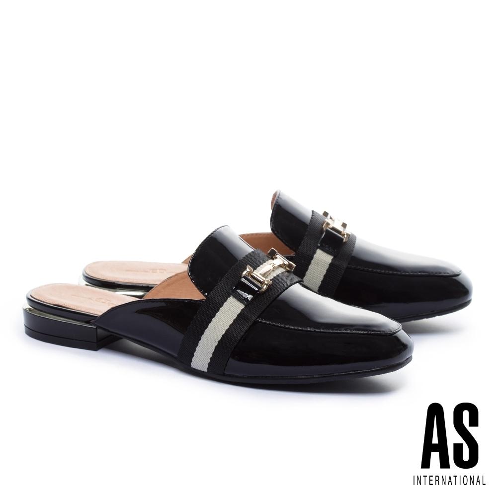 穆勒鞋 AS 經典潮流金屬釦撞色織帶牛漆皮低跟穆勒拖鞋-黑