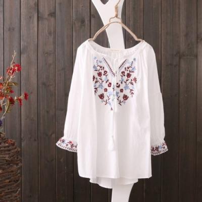 La BellezaV領花朵刺繡流蘇繫帶袖口刺繡花荷葉袖棉麻上衣