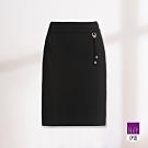 ILEY伊蕾 四面彈力簡約時尚素面短裙(黑)