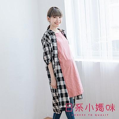 日系小媽咪孕婦裝-黑白格紋側開衩長版襯衫上衣