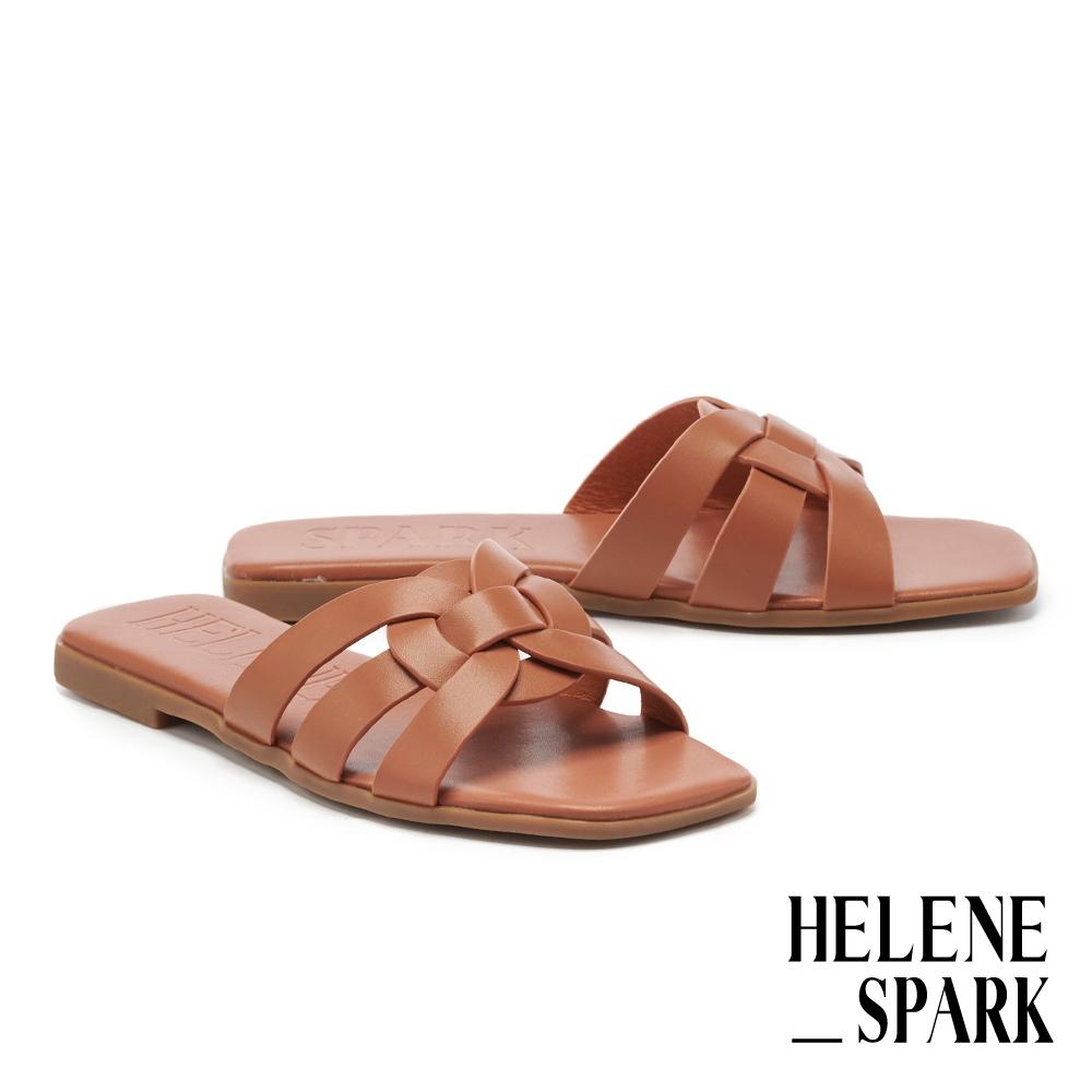 拖鞋 HELENE SPARK 簡約隨興多條帶牛皮方頭平底拖鞋-棕