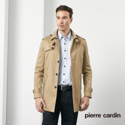 Pierre Cardin皮爾卡登 男裝 都會休閒修身版翻領風衣外套-卡其色(5205781-84)