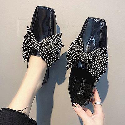 韓國KW美鞋館 搶鮮購英倫復古百搭平底鞋-黑色