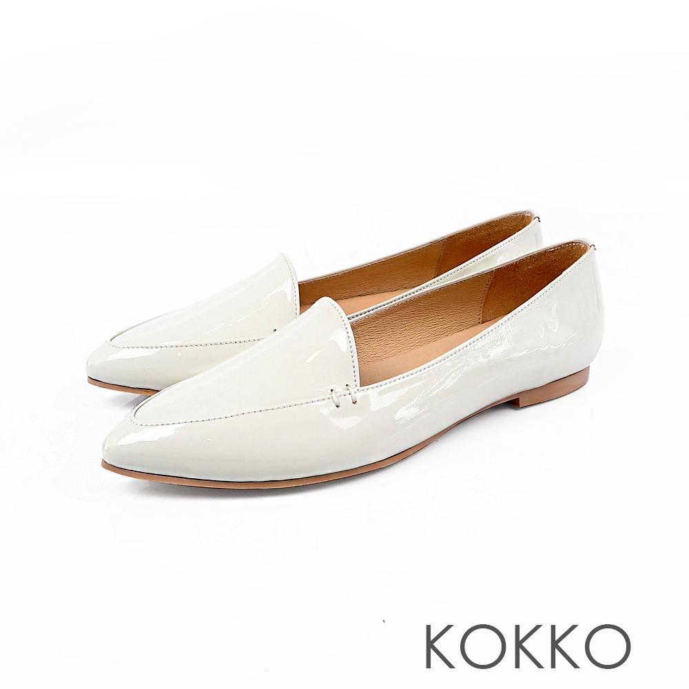 KOKKO -勇敢前進吧尖頭柔軟彎折樂福鞋-自信白