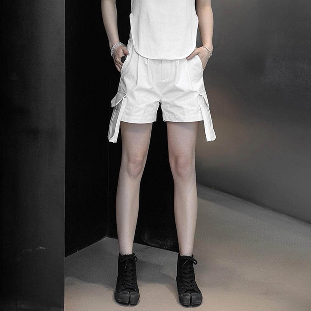 設計所在Style-設計師不規則大口袋韓版五分中短褲 (白色)