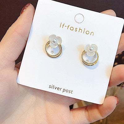 梨花HaNA 韓國貝殼花卉溫柔風格圈飾耳環