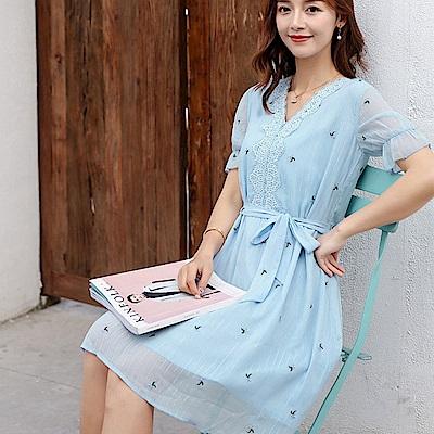 初色  V領收腰中長款雪紡洋裝-藍色-(L-2XL可選)