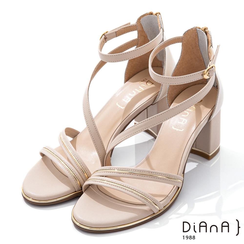 DIANA 6.5CM 羊紋X牛皮異材質拼接金屬線條環踝羅馬跟鞋-都會女伶-米