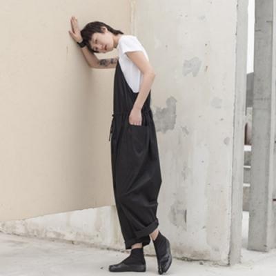 設計所在Style-簡約港風中性寬鬆背帶褲