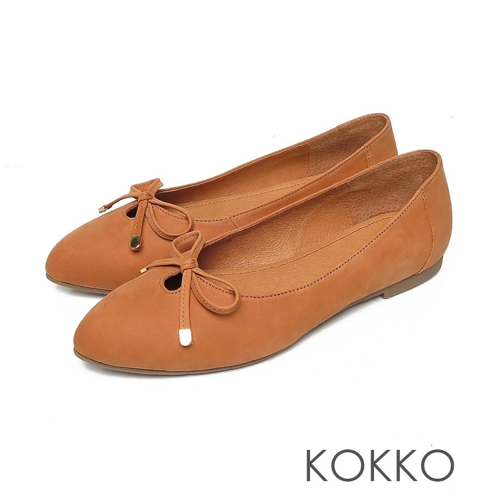 KOKKO尖頭蝴蝶結牛麂皮芭蕾舞平底娃娃鞋奶茶色