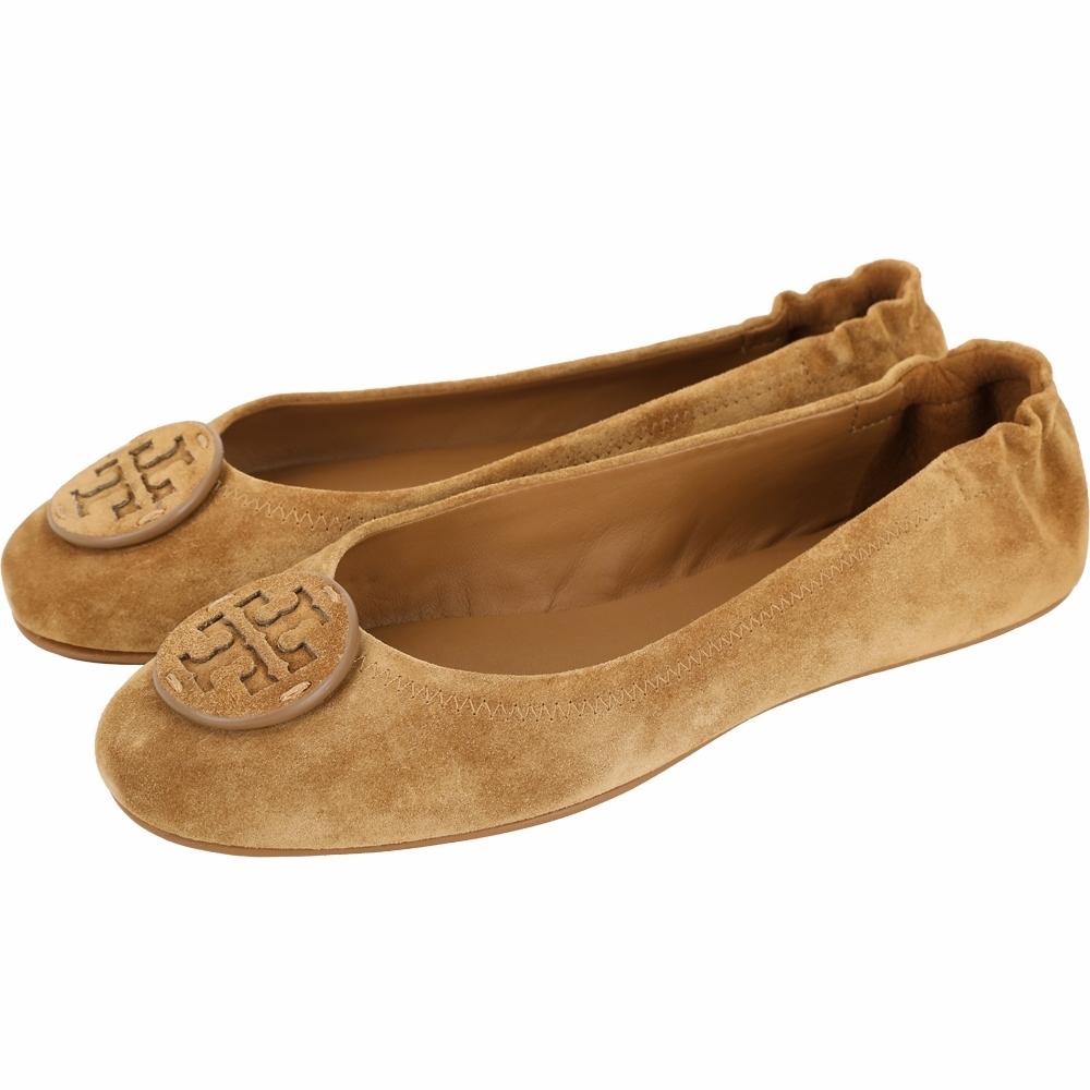 TORY BURCH Minnie Travel 雙T盾牌麂絨折疊娃娃鞋(深駝色)