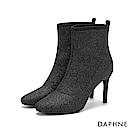 達芙妮DAPHNE 短靴-彈力閃耀靴面幾何拼接細跟短靴-黑