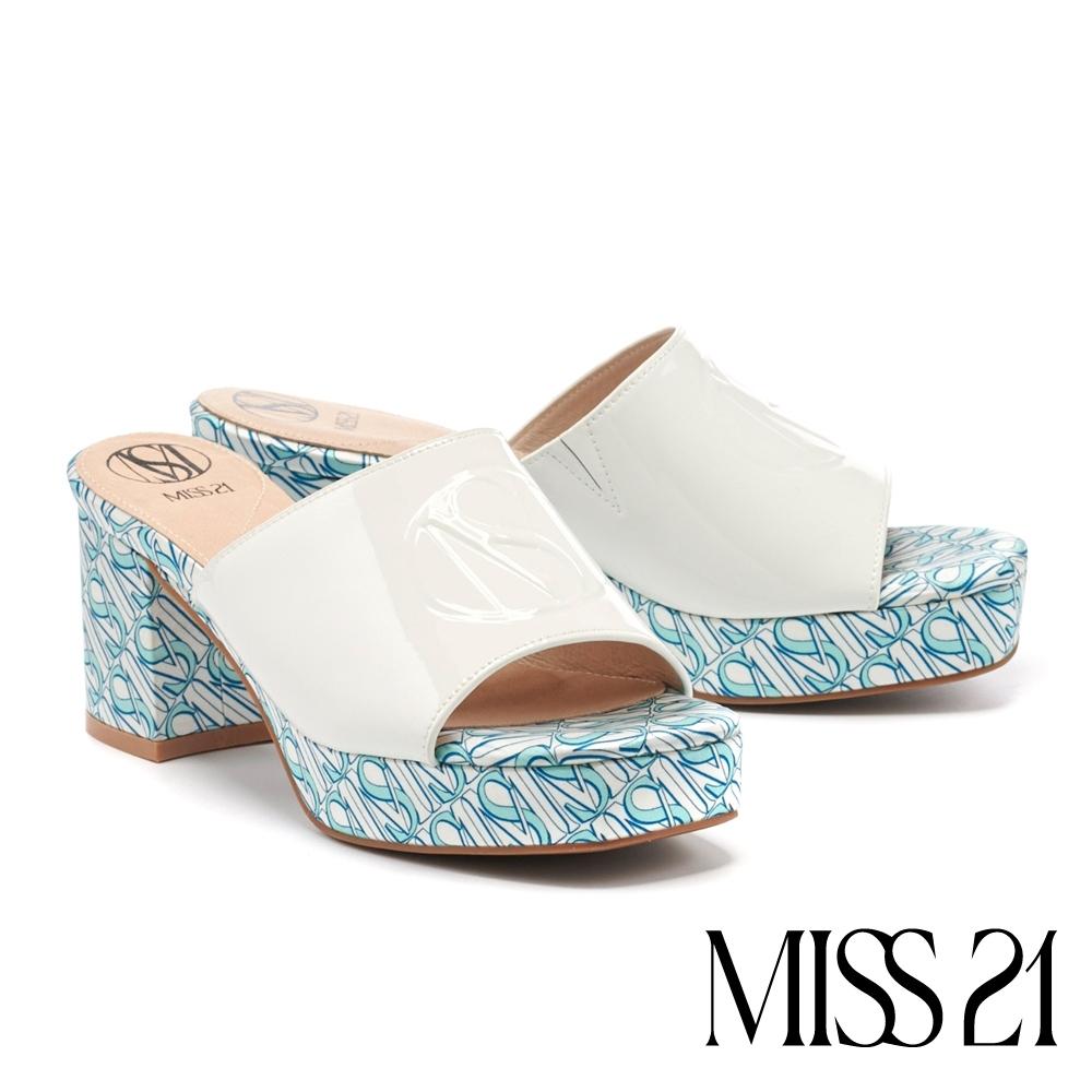 拖鞋 MISS 21 潮感90系少女混搭復古方頭粗高跟拖鞋-白