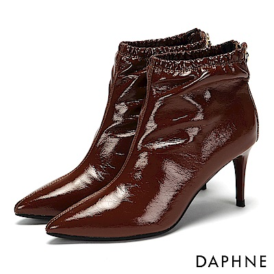 達芙妮DAPHNE 短靴-漆面鬆緊筒圍後拉鏈中跟短靴-棕