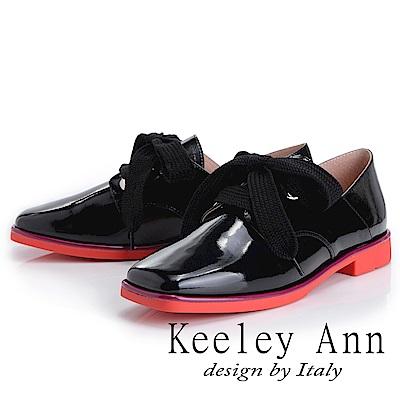 Keeley Ann 個性玩酷~視覺系拼接綁帶方頭低跟漆皮鞋(黑色-Ann)