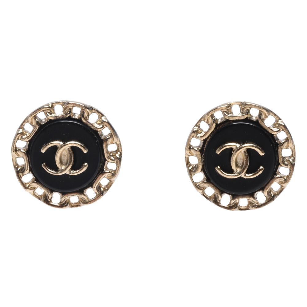 CHANEL 經典CC LOGO鍊帶環圈造型穿式耳環(黑X金)